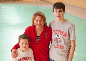swim-coach-jen-huntington-with-students